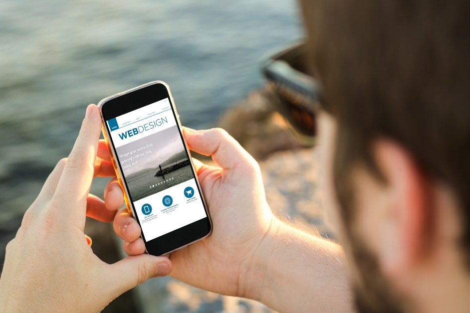 responsive web design or mobile apps? That is the question now
